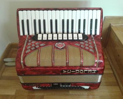 harmonika crvena - melodija 80 basova
