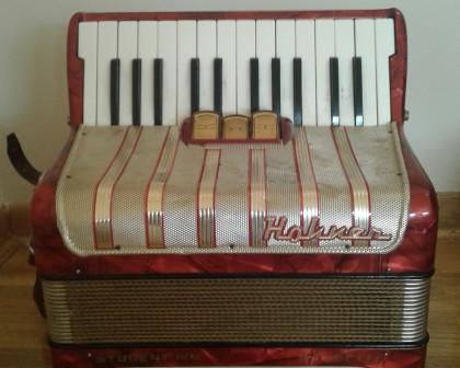 Hohner harmonika 40 basova