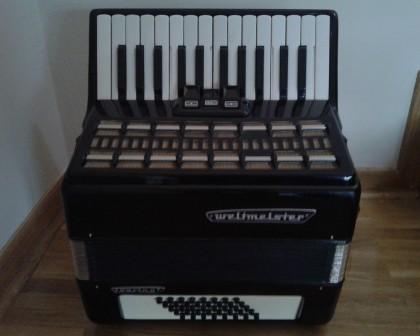 weltmaister harmonika 40 basova crne boje