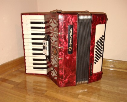 Barkarola harmonika 40 basova